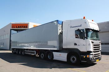 4 akslet Walking Floor trailer Jan C. Skov Transport ApS
